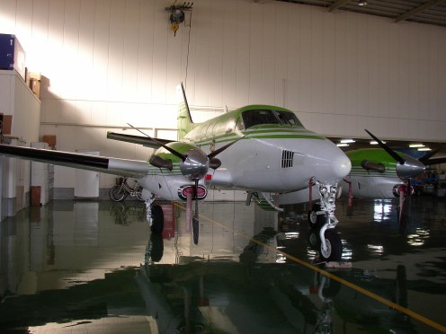 1987 KING AIR C90A Exterior Front View